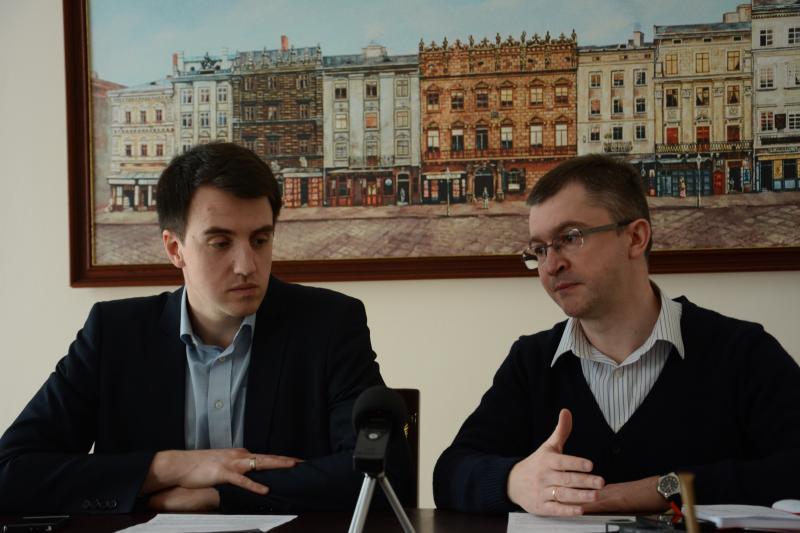 Іван Дмитрасевич (керівник Startup Depot) та Олександр Кобзарев (керівник КУ «Інститут міста»)