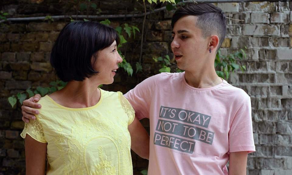 Анжела Калініна з сином