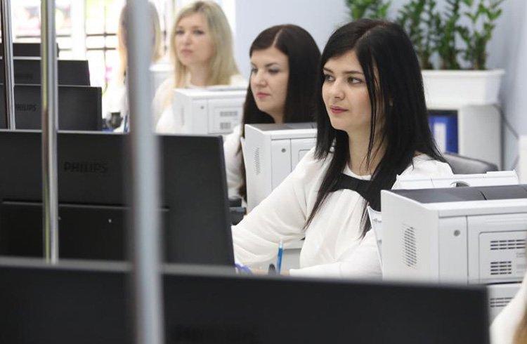 У Львові відкрили новий центр для реєстрації шлюбів і малюків